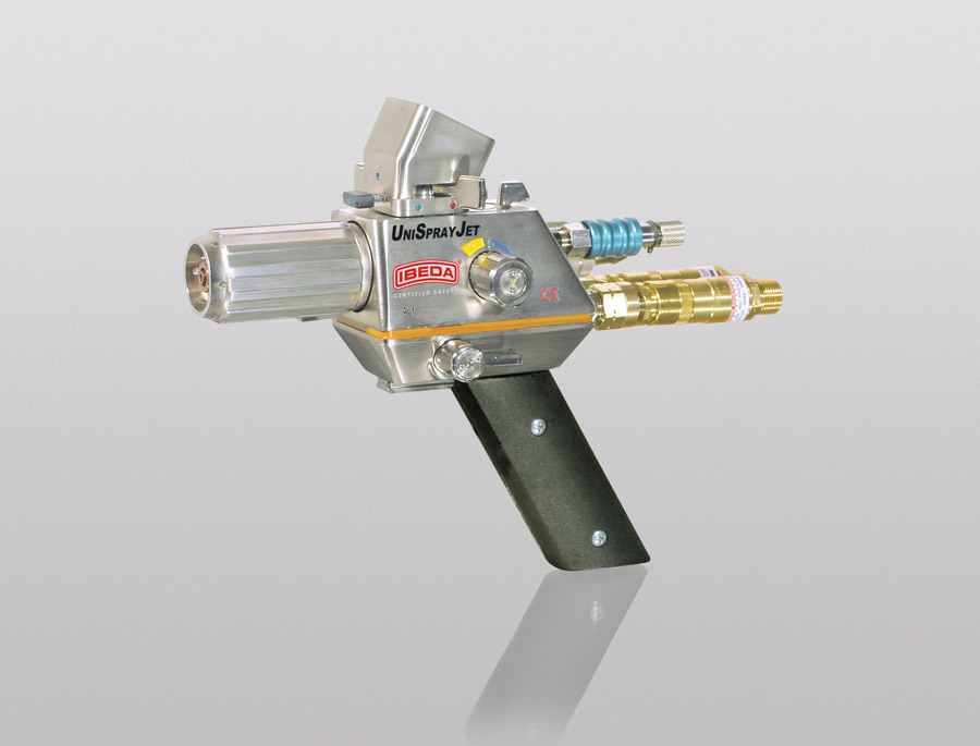 Flame spraying guns for thermal spraying