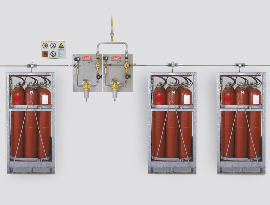 Gas Manifold Systems With Automatic Switch Over