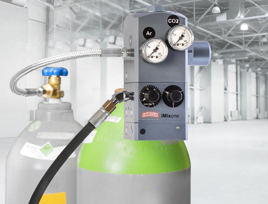 Natural Gas Mixer ~ Gas mixer with integrated high pressure regulators and