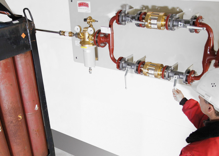 Gasversorgung Acetylen nach EN14114